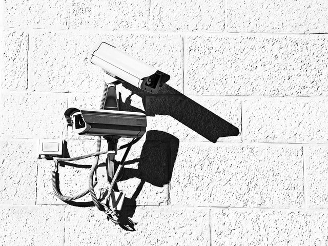 Can CCTV work without wifi?